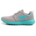 Серые/мятные женские кроссовки Nike Women Roshe Run Gray Mint
