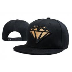 Чёрная бейсболка с прямым козырьком Diamond Snapback Gold Premium