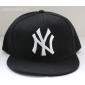 Чёрная бейсболка с прямым козырьком New York Snapback NY Black White Logo