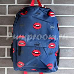 Тёмно-синий  рюкзак с губами Nikki Nanaomi Backpack Blue Red Lips