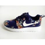 Синие женские кроссовки Nike Women Roshe Run Floral Blue Limited