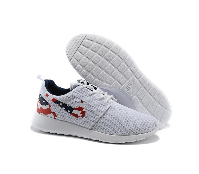 1ab703a7 -68% Белые кроссовки с американским флагом Nike Roshe Run White USA