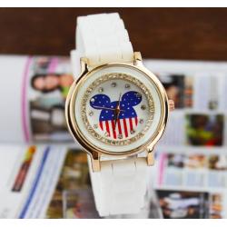 Белые силиконовые женские часы Geneva Teddy Bear со стразами